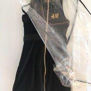 Balmain Paris, H&M Black Velvet Dress